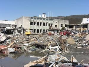 被災当時の大槌町役場前